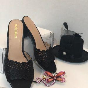 Olivia Miller Black Sandals Size 9 women's New